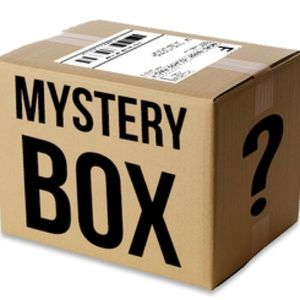 Cosmetics Mystery Boxes 💄💅🏻